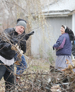 Clean-up day held at Sisters' new property